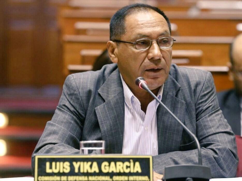 Luis Yika